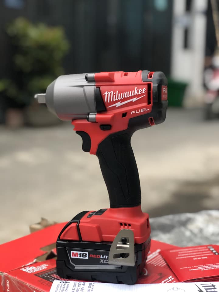 bù long Milwaukee 2861