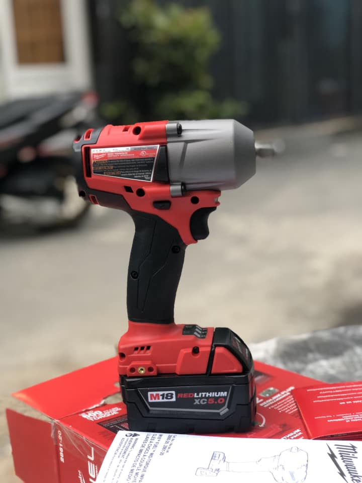 bù long Milwaukee 2861,